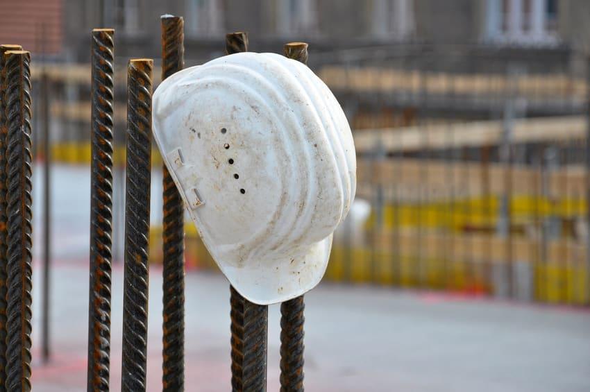 abandon de chantier 78, problème de chantier abandonné Versaille, problèmes d'entreprise chantier Yvelines, solution abandon de chantier 78,